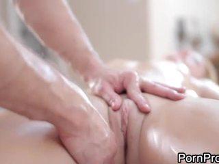 Похабний і дика масаж
