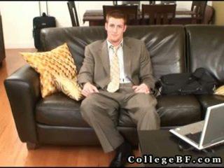 मसल्ड rc wanking उसके भयानक pecker 3 द्वारा collegebf
