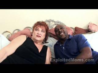 Nenek gets vulva pounded oleh besar orang hitam thang