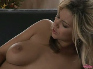 Horny In Nature's Garb Babe Ashlynn Brooke Rubbing Her Snatch Until Thowdys Babe Explodes To That Guyll