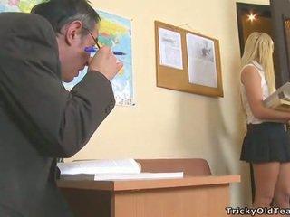 Delightful एनल सेक्स साथ टीचर