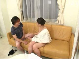 japonec, velká prsa, kotě