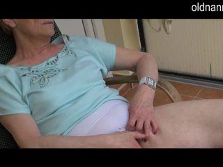 Old babi masturbation s velika črno tič video