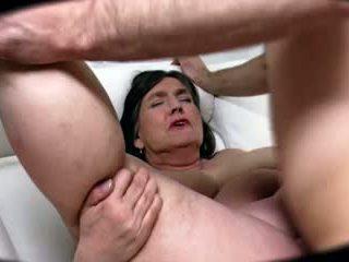 Grande culo bella e grassa (bbw) voluptuous nonnina returns - 82