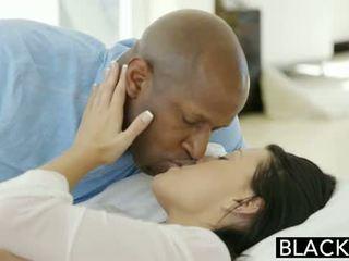 Blacked najstnice beauty tries medrasno analno seks