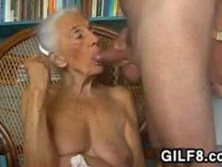 كبير الثدي, جدة, اللسان