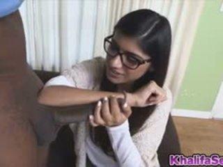 Søt kvinne mia khalifa loves en kuk
