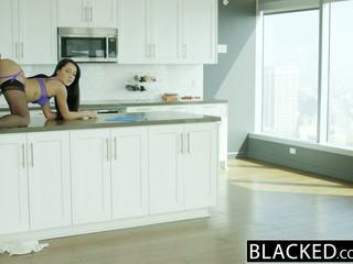 Blacked vīrs does nav zināt sieva sabrina banks loves bbc