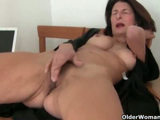 watch cougar, see old tube, hot older action