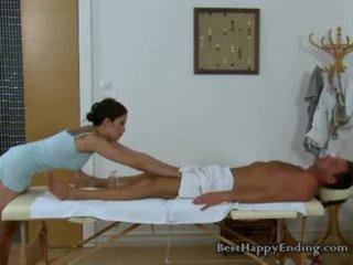Miang/gatal masseuse miyuki cant menahan going untuk yang zakar/batang