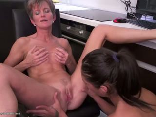 hq lesbians any, grannies great, rated matures great
