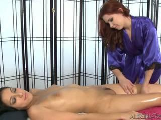 Melody uses a vibrátor giving kimberly gates a hluboký třít
