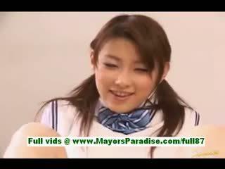 Akane sakura fiatal japán diáklány -ban ágy