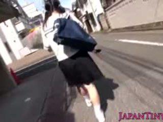 japonais, gros seins, doigté, l'adolescence
