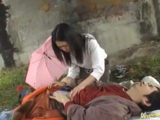 Smut thaimaalainen emättimeen porattu mukaan yllätys!