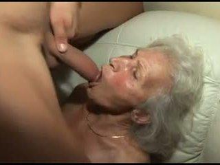 Qirje the granny's me lesh pidh