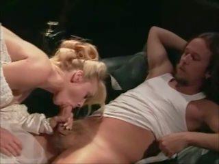 Four weddings and a honeymoon 1995 - sc 5: free porno c7