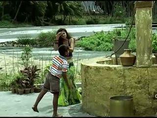 Nayanthara horký navel a ňadra sestavování
