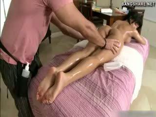 voi brune fresco, completo massaggio