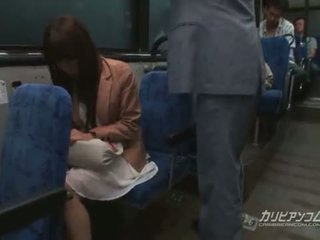 Chikan трахкав на автобус