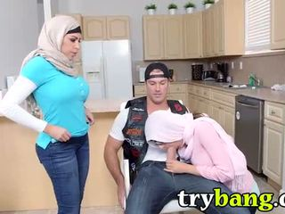 Arab mia khalifa & juliana vega μητριά 3way