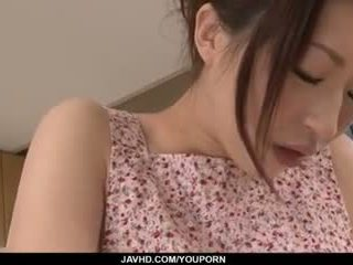 Riko Oshima amateur babe finger fucks in strong solo