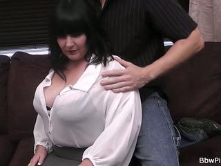 First Date Sex with Brunette Plumper, HD Porn b9