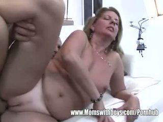 Puma fucks efter hon catches henne stepson masturberar