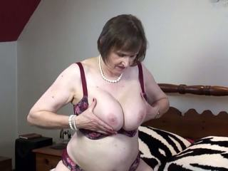 Natural Busty Mature Mom with Thirsty Pussy: Free Porn 08