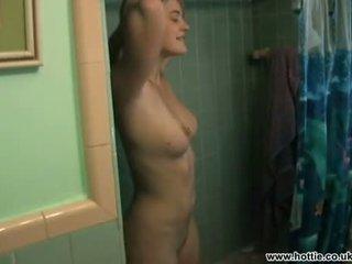 Drew barrymore filmed par boyfriend en la douche