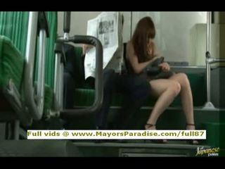 Rioasian modell er knullet på den buss