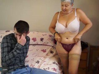 Vieux dame savana baisée par étudiant sam bourne par agedlove