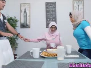 Cutie Hot Babe Mia Khalifa Wants A Huge Cock