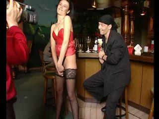 Getting blown in a bar - Julia Reaves