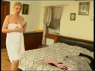 Rusa chico joder su mqmf mamá