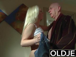 Excitat dimineata sex vechi tineri porno prietena gets inpulit