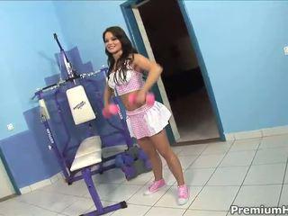 Horny slut enjoys dp in gym