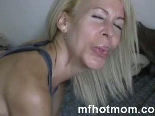 Μου Καλύτερα friends Καυτά μαμά spending χρόνος με μου | mfhotmom.com
