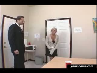 Nadržané študent bree olson fucked podľa učiteľka