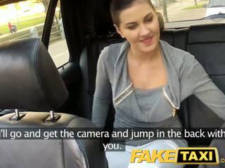 Faketaxi заднє сидіння секс на публічний roadside