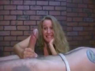 Jerker: Free Amateur & Handjob Porn Video 16
