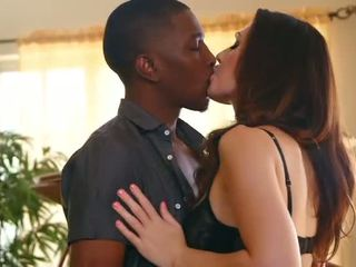 Black lover licking very wet white milf pussy