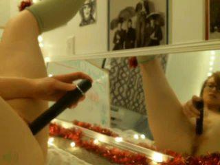 Redhead Mirror Play: Free Amateur Porn Video fb