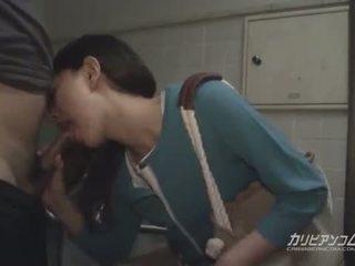 เอเชีย แม่ผมอยากเอาคนแก่ ใช้ปากกับอวัยวะเพศ ที่ สาธารณะ restroom