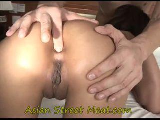Asiática adolescente inkpad