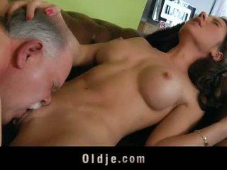 Gammal butler tjäna kön till hans spoiled lady basar