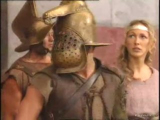 Rita faltoyano cu o gladiator pt2