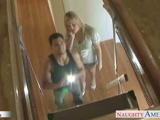 Big assed babe Alexis Texas jumping a large dick