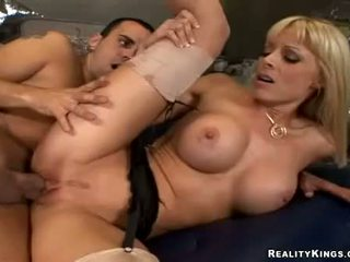 Milf Holly Sampson spreads her snatch to get hammered with huge thick cock