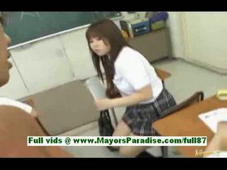 Fiatal ázsiai diáklány -ban a osztályterem gets egy leszopás egy cinege